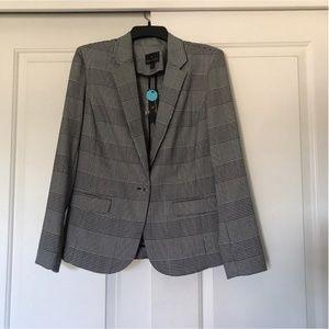 NEW! Women's Checkered Blazer Size M